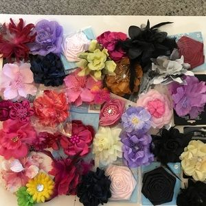 Other - Bundle of 34 floral accessories accents new